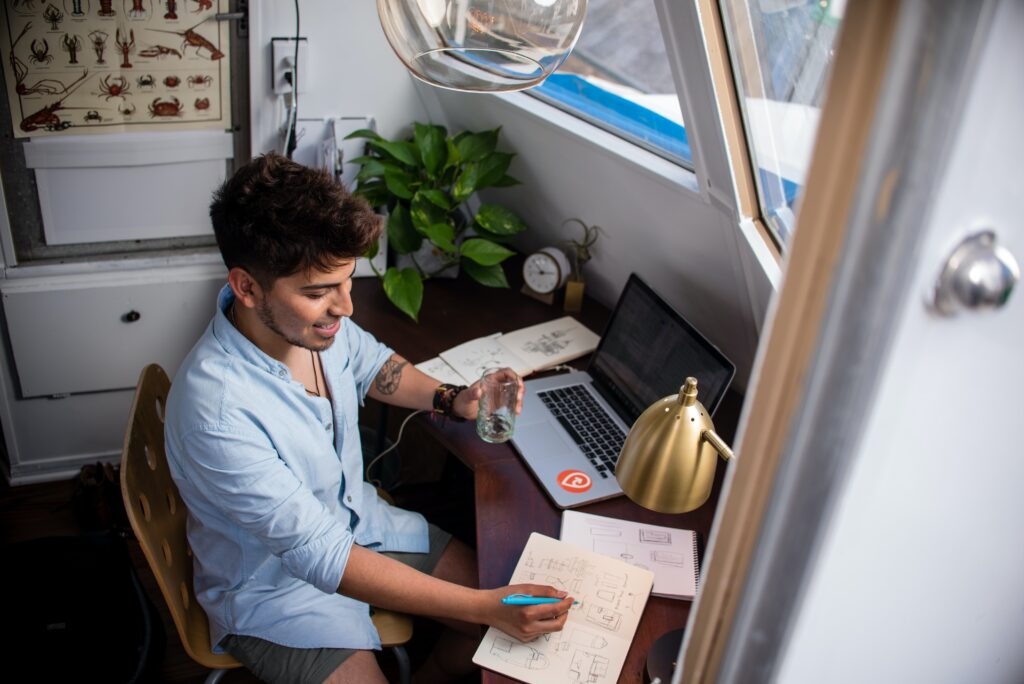 Transitioning to Remote Work How 5 Businesses Handled It with Their Teams 7
