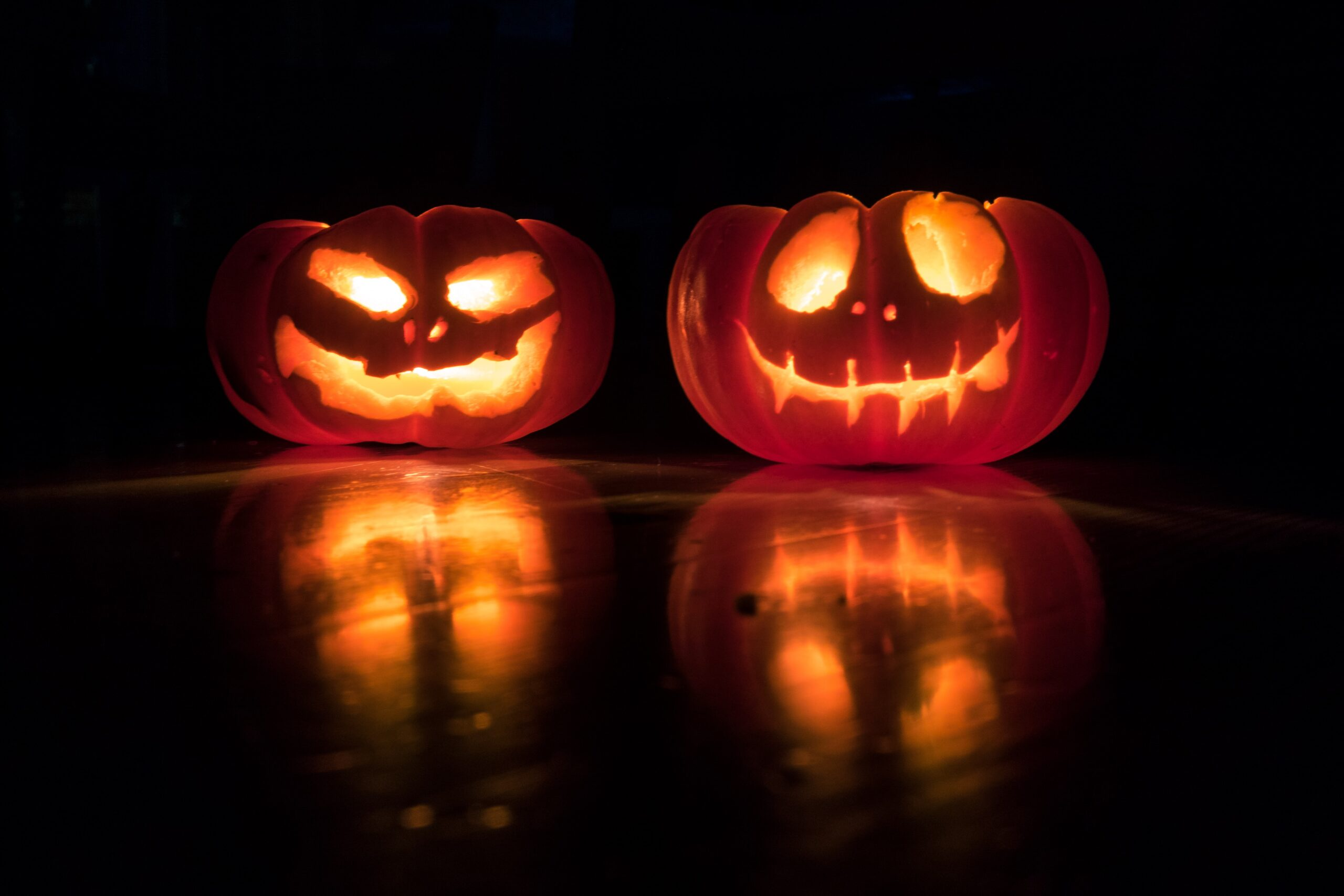 10 Halloween Team Building Activities For The Workplace