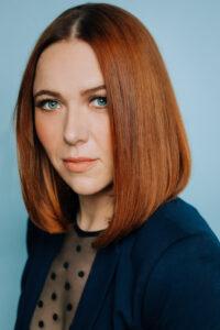 Barbara Beall Headshot